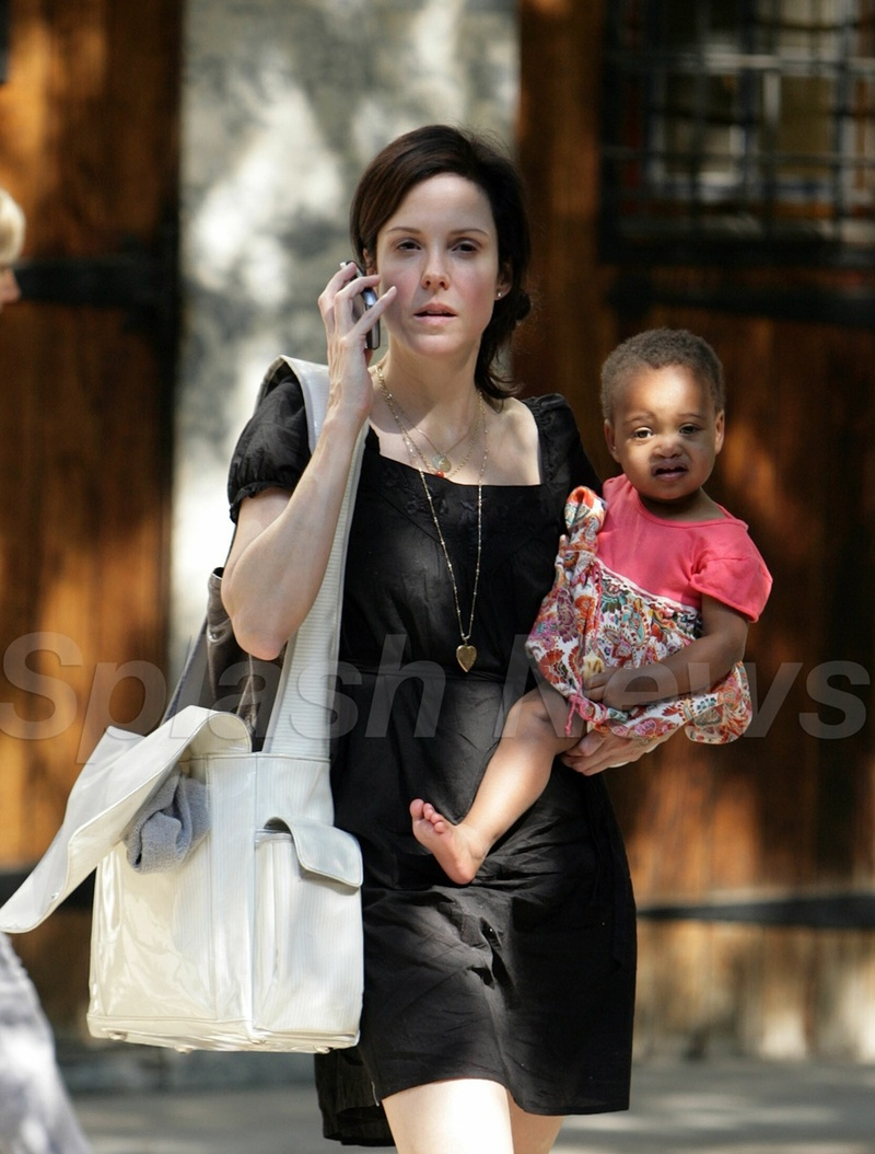 Marielouiseparker_and_daughter